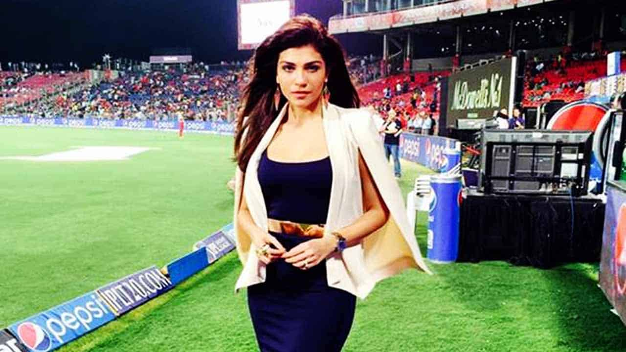 Archana Vijaya Anchor