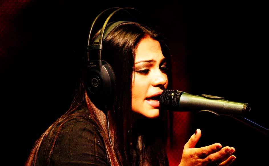 Sanam Marvi Singer