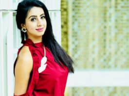 ndian actress converts to Islam
