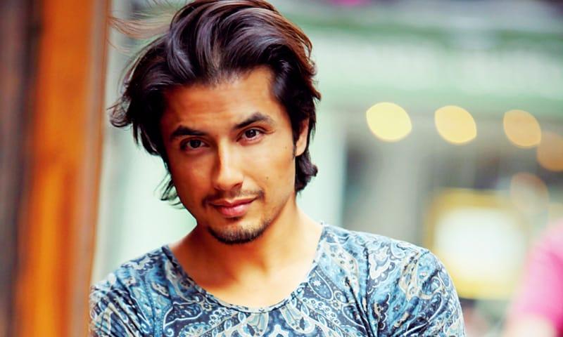5 Pakistani Singer Who Earn Money From YouTube