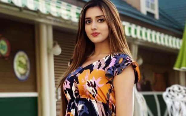 Jannat Mirza Sister