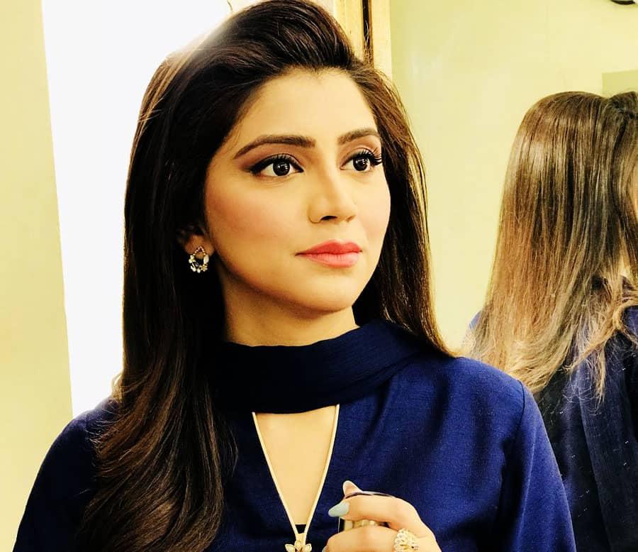 irza khan New Photos